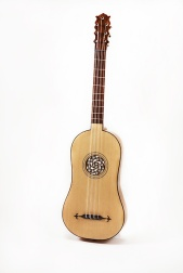 Renaissance-guitar
